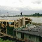 agk-holzbau-hausboot-12
